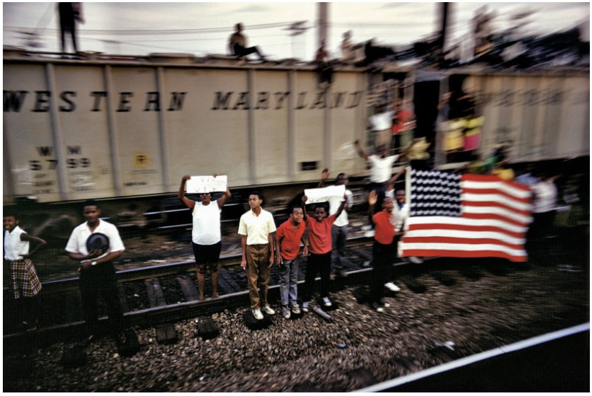 Picture of Paul Fusco photograph from RFK Funeral Train series